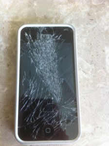 shattered iphone screen repair dubai