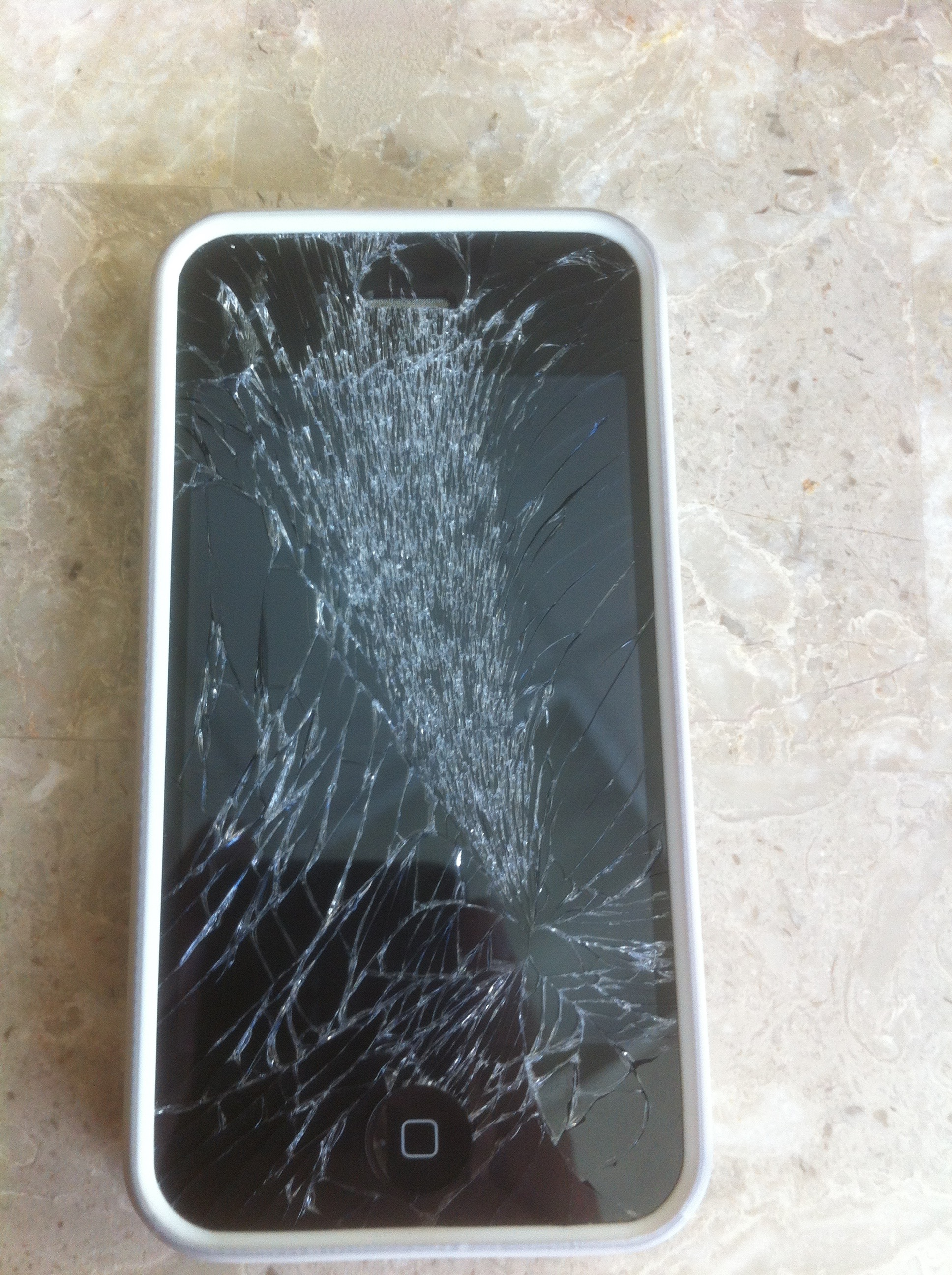 Ouch! My iPhone 5S Screen Shattered!