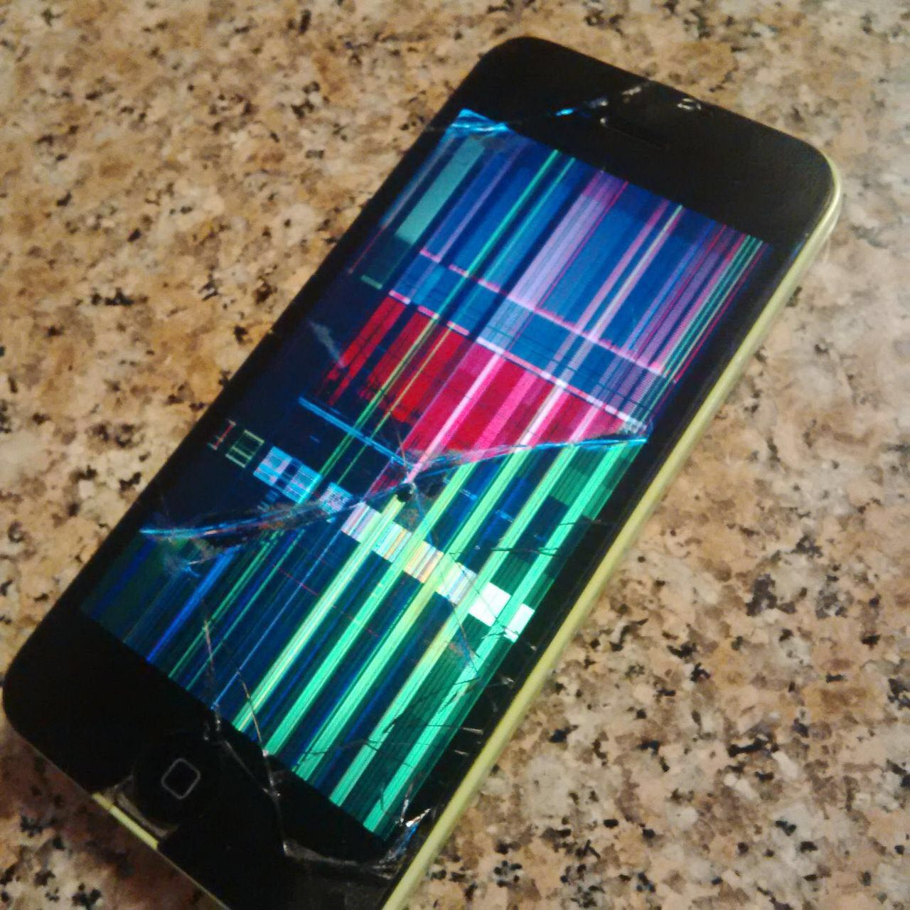How Do I Fix A Cracked IPhone 5C Screen Call IRepairUAE