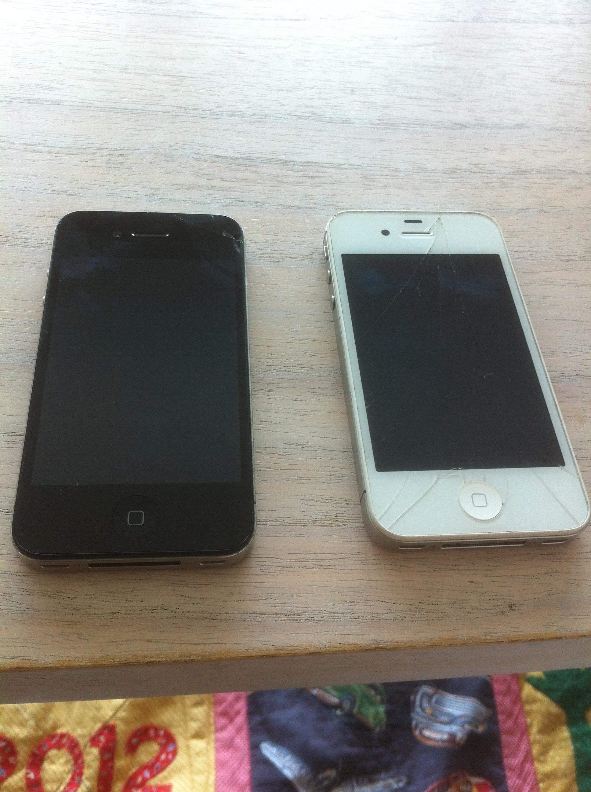 Cracked iPhone 4S Repair