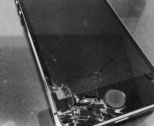 iphone 6 cracked screen never to see a broken iphone 6 screen in dubai 14964