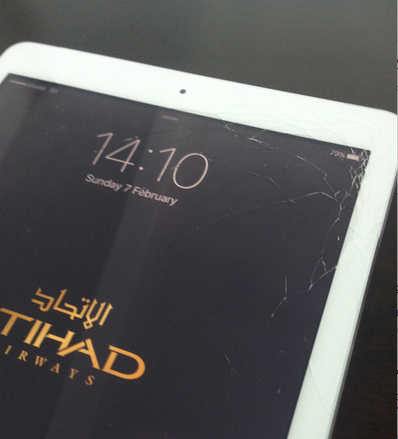 Broken iPad Air Screen – Dropped it on the plane…